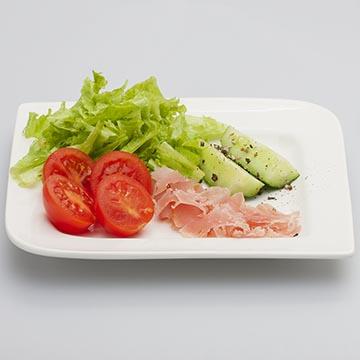 Овощной салат. Food съемка. Фотографическое агентство GurFoto.Ru
