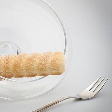 Пирожное с кремом. Food съемка. Фотоагентство GurFoto.Ru