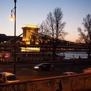 Цепной мост. Ночная съемка. Будапешт. Фотографическое агентство GurFoto.Ru