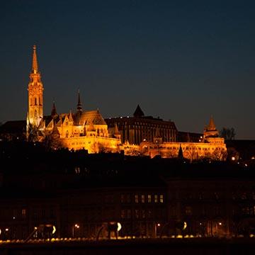 Буда. Ночная съемка. Будапешт. Фотографическое агентство GurFoto.Ru