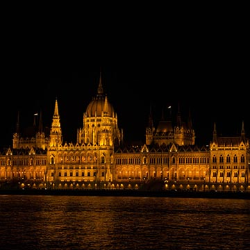 Парламент. Ночная съемка. Будапешт. Фотографическое агентство GurFoto.Ru